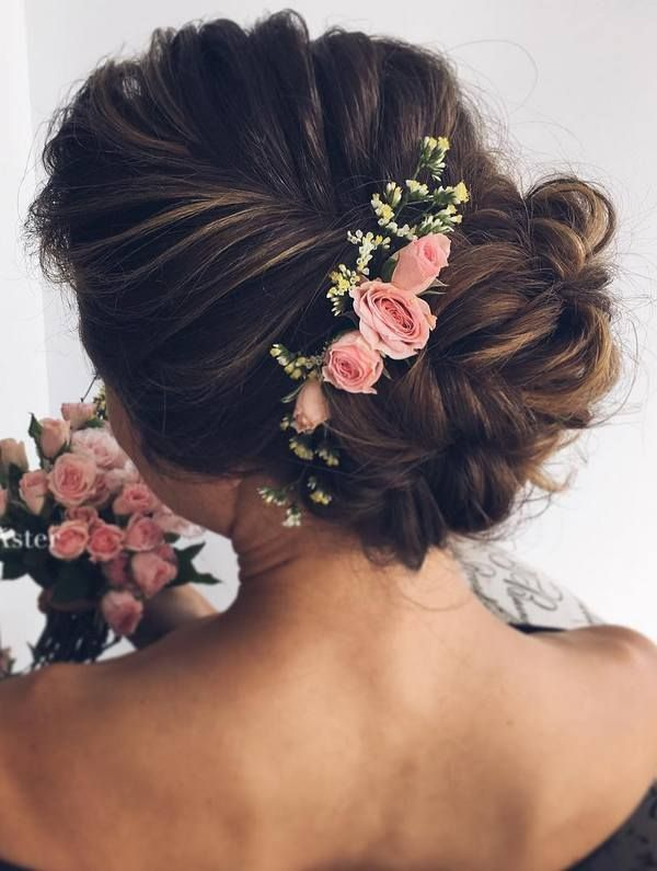 Hairstyles For Wedding 55 romantic wedding hairstyle ideas having a perfect balance of elegance and trendy Coiffure De Mariage Ulyana Aster Long Wedding Hairstyles Wedding Updos Deer Pearl Flowers