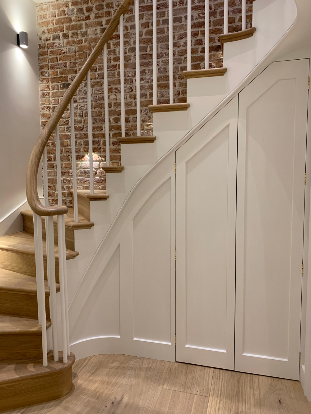 Best Bespoke Timber Staircases In London The South East In 640 x 480