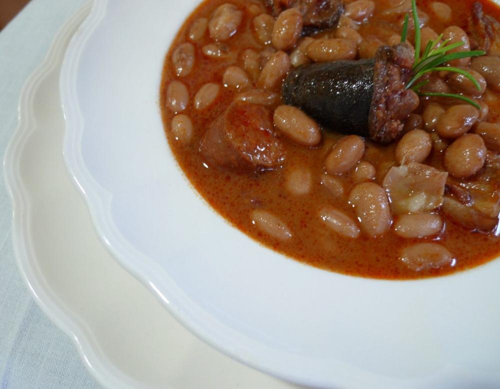Potaje De Alubias Rojas Con Morcilla Y Chorizo Receta Potaje De Alubias Alubias Receta De Potaje