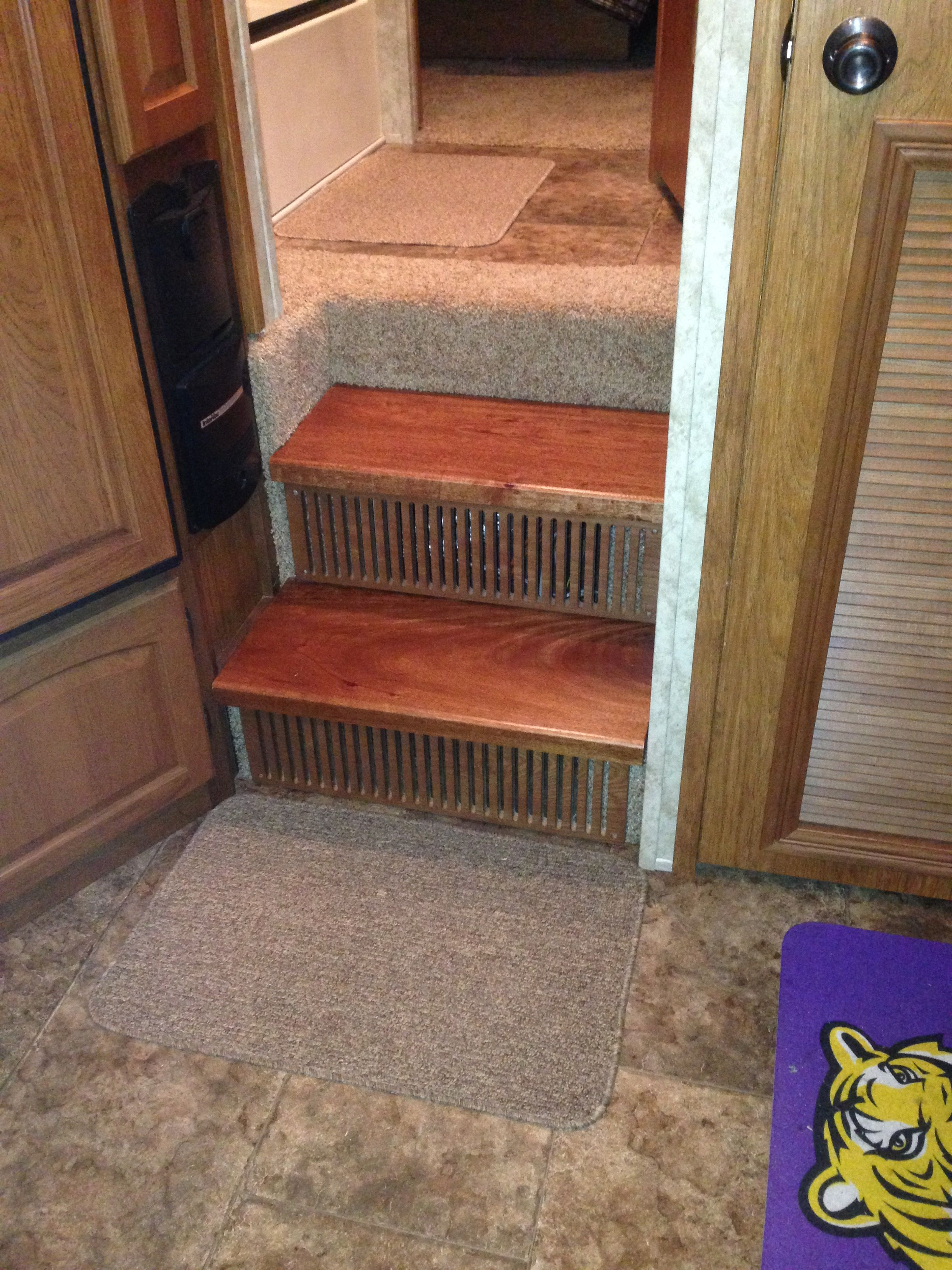 Best Changed The Steps In The Rv From Carpet To 2 Thick Steps 400 x 300