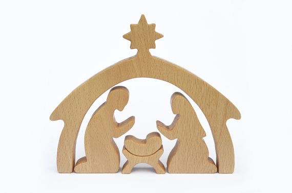 4 piece Wooden Nativity Scene  Nativity Set  por WoodAndYarnToys