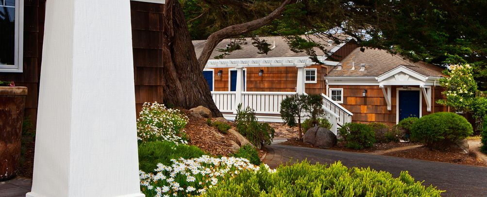 Lighthouse Lodge and Cottages • Pacific Grove, CA