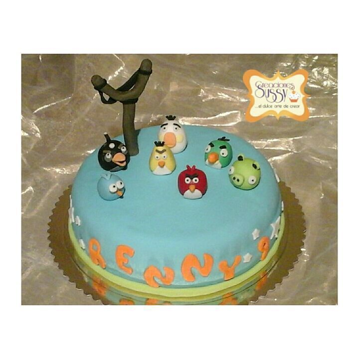 By sussycreaciones: Torta de Angry Birds #CreacionesSussy #Cake #Cakes #Torta #Tortas #TortasDecoradas #Fondant #FondantCake #TortaDeCumpleaños #Pastel #Caracas #Venezuela #HechoEnVenezuela #TalentoVenezolano #Pasteleria #Reposteria #Cumpleaños #Birthday #BirthdayCake #AngryBirds #Angry #Birds #Game #Arcade #arcade #micrhobbit