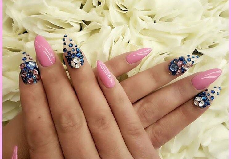 Nail art design  Juliano Asmar