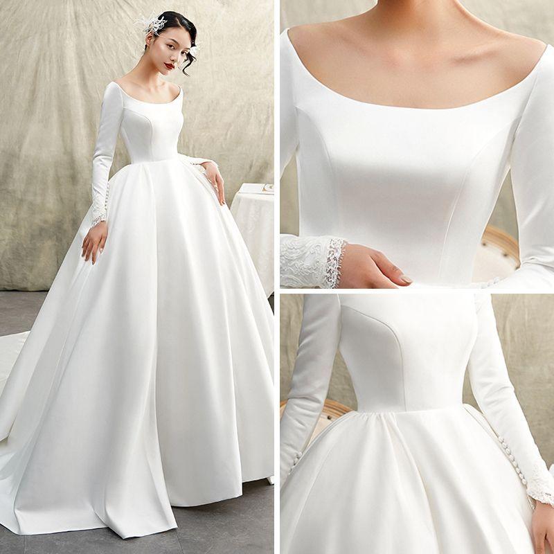 Photo of Vintage / Retro Ivory Satin Winter Wedding Dresses 2019 Princess Scoop Neck Long Sleeve Chapel Train Ruffle