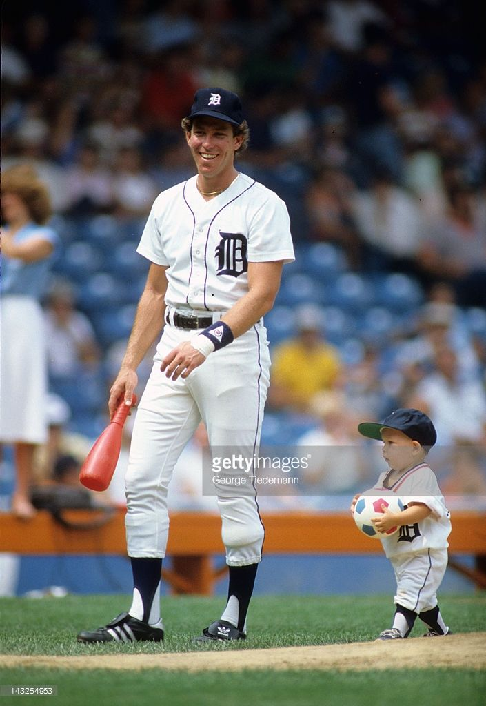 Detroit Tigers Alan Trammell 3 With Son Lance Detroit