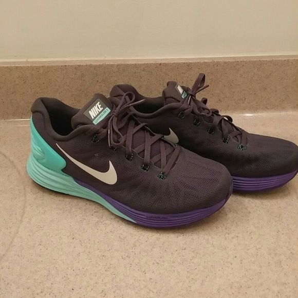 purchase cheap b7e2a 1a80c NIKE LUNARGLIDE 6 New never worn size women s 8 NIKE LUNARGLIDE 6 charcoal  gray, mint and purple with white NIKE Nike Shoes Athletic Shoes