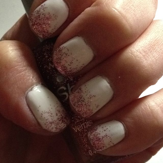 White and pink sparkle ombré