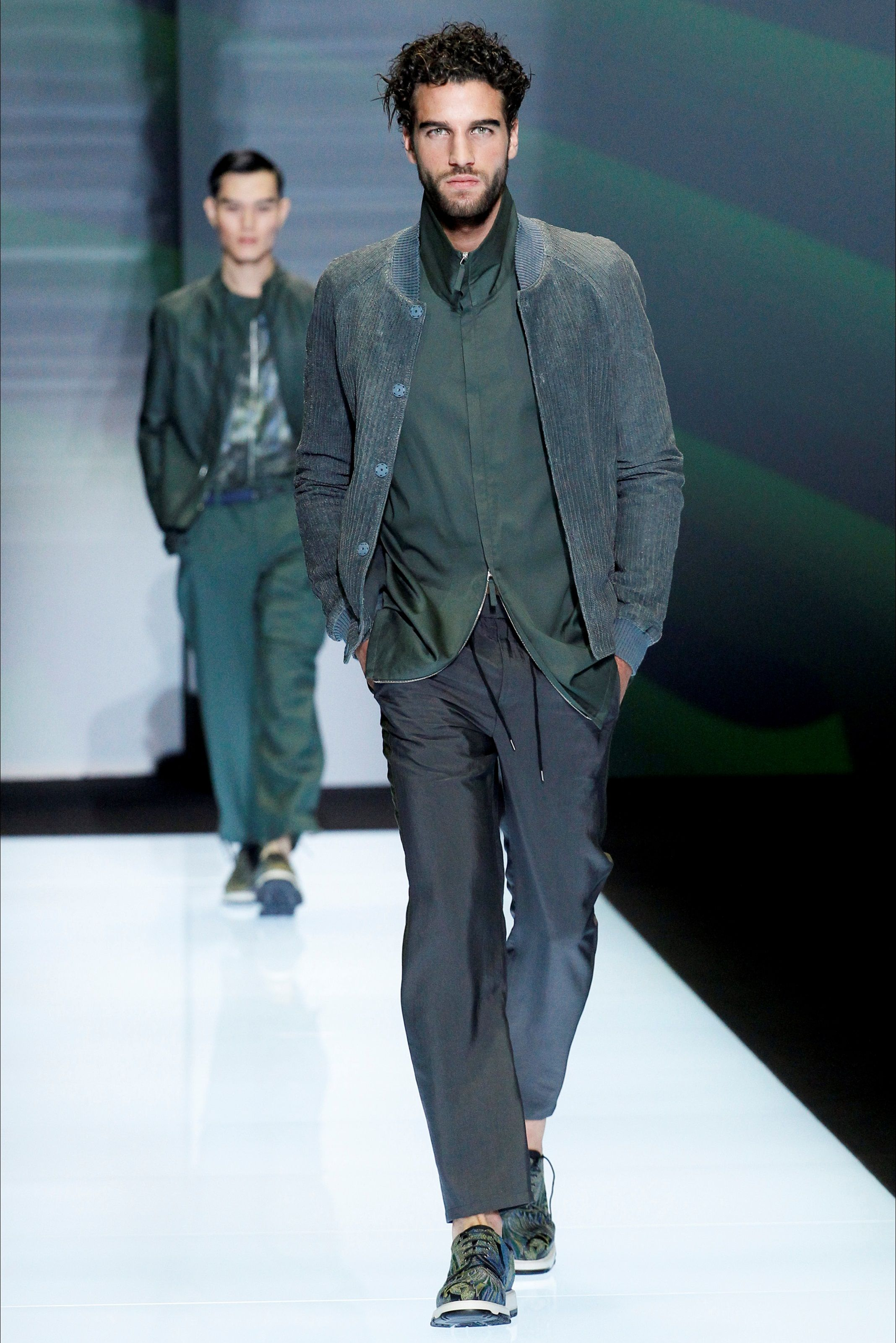 Emporio Armani - Spring Summer 2017 - Men Fashion Shows - Vogue.it ... 73bba7a393