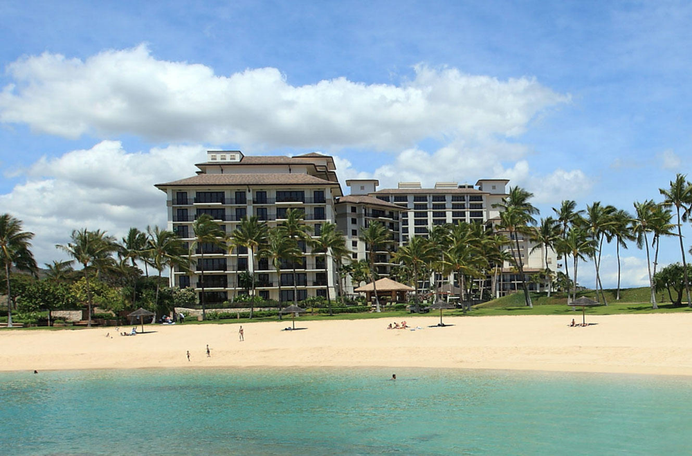 Beach Villas Resort Oahu At Ko Olina Is A Luxury Condo Property With High End Two And Three Bedroom Vacation Villa Beachfront Vacation Beach Villa Resort Villa