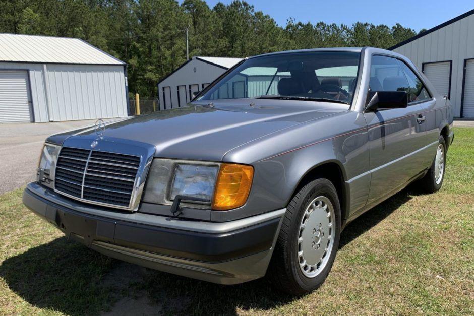 1988 MercedesBenz 300CE in 2020 Mercedes benz, Benz