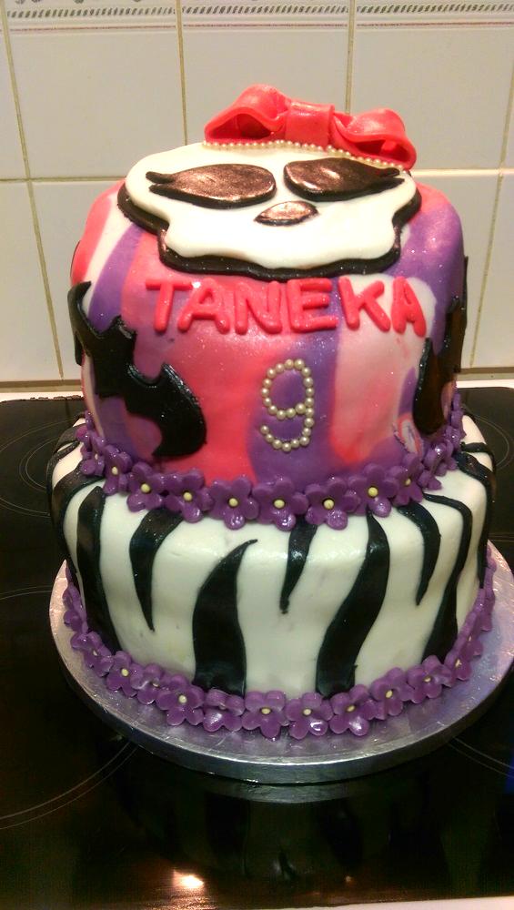 Monsters High themed cake