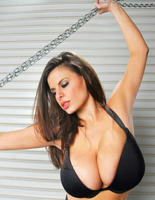 Wendy Fiore Black Smooth Bra With Chains
