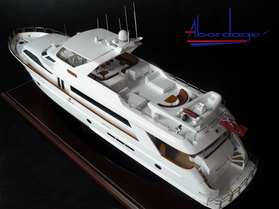 Hatteras 100 Bravina Model Had To Make Board 4 Motor