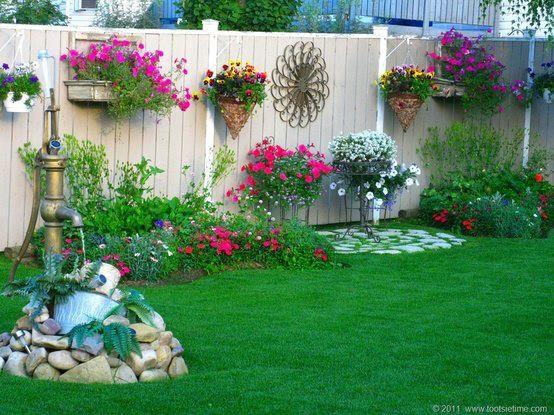 Gosta Da Decoracao Deste Jardim Saiba Como Fazer Mais Coisas Em Http Www Comofazer Org Diy Garden Projects Garden Projects Backyard Fences