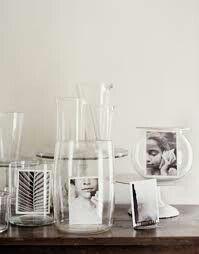 Decorar con fotos los jarrones....y queda genial la verdad.
