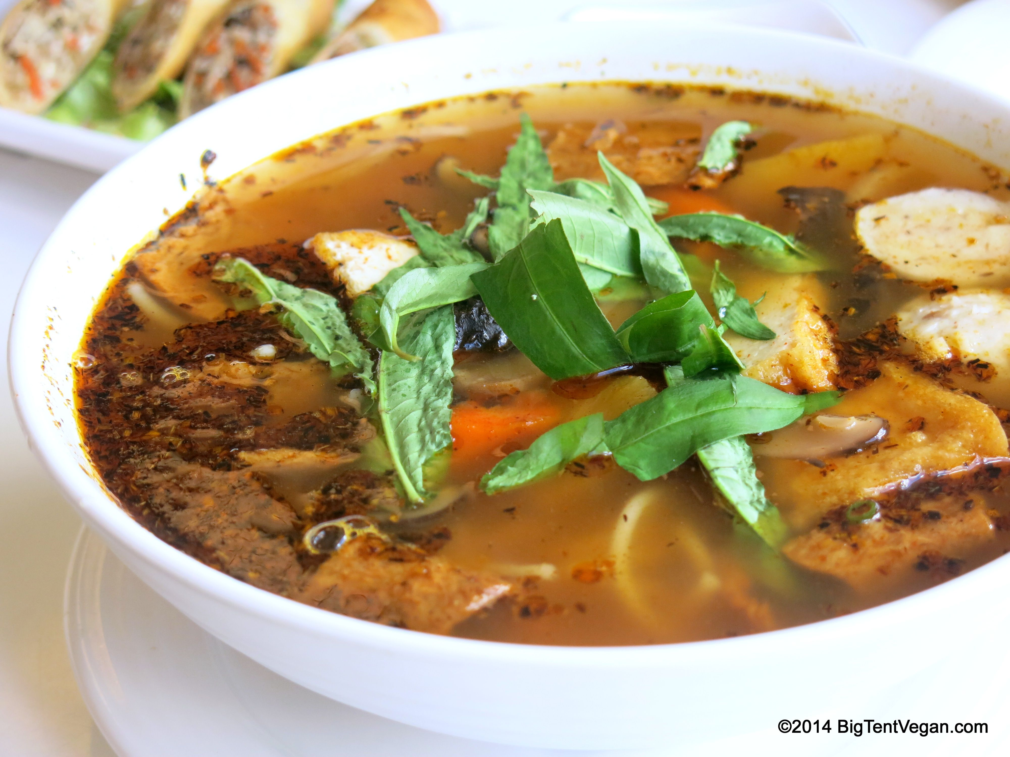 Royal Noodle Soup 100 Vegan Restaurant Loving Hut 1614 S King St Punahou Honolulu Hi