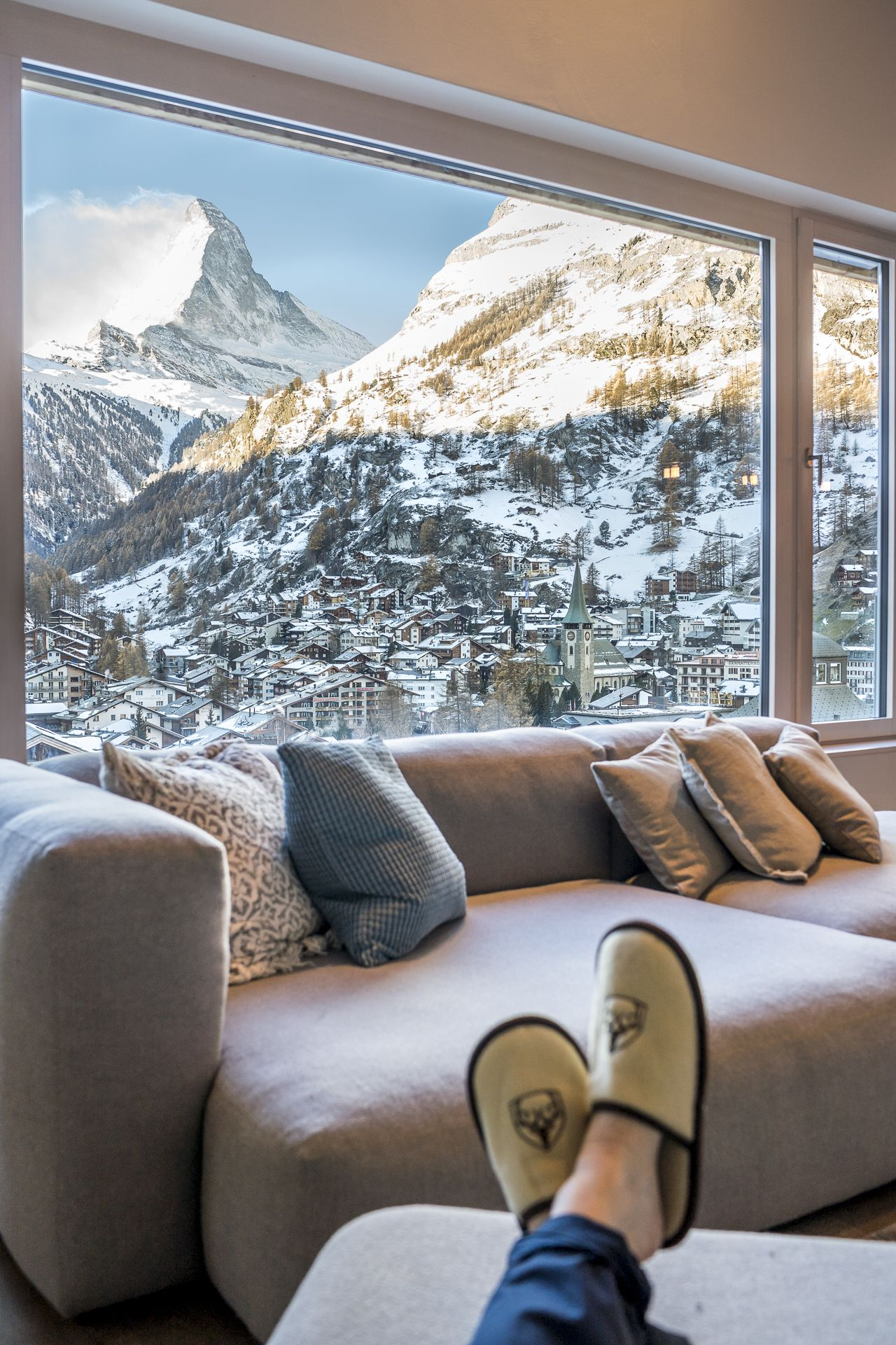 Chilling in the coolest lodge in Zermatt #travel #travelinspiration #travelphotography #nature #naturephotography #exploretheworld #bucketlist #view #mountainviews #luxuryliving