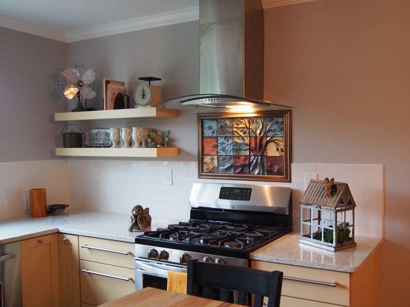 Beautiful Custom Backsplash Ceramic Tiles For A Residential