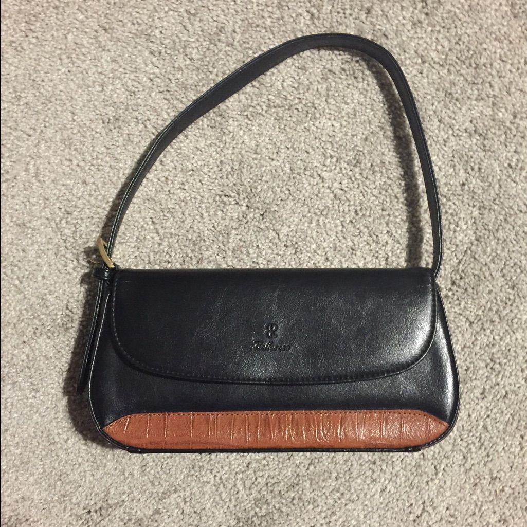 Bellarose Black And Cognac Purse