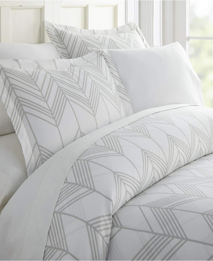 Ienjoy Home Lucid Dreams Patterned Duvet Cover Set By The Home Collection Queen Full Reviews Duvet Covers Bed Bath Macy S Duvet Cover Pattern Duvet Cover Sets Chevron Duvet Covers