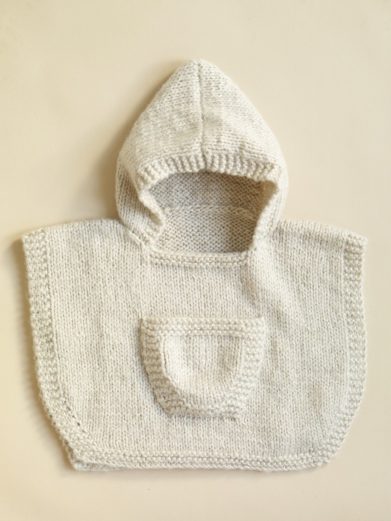 Hooded Baby Poncho Pattern (Knit) | Knitting | Pinterest | Ropa para ...