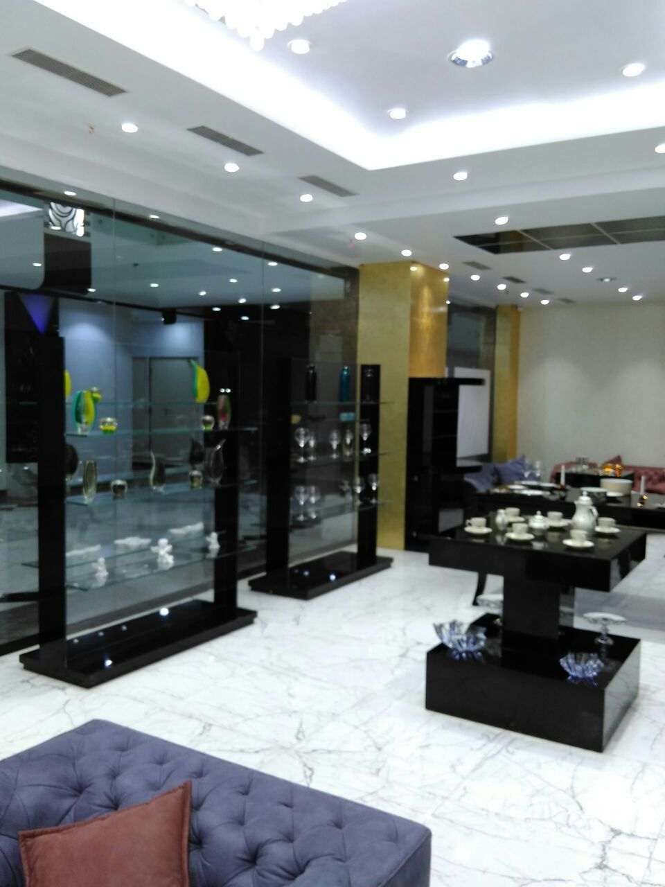 Modern Showroom & Store Interior Design of Versace - Rosenthal by