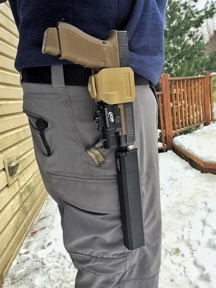 Review: Glock 17 - Osprey 45 Or Weapon Light But Not Both - The Firearm BlogThe Firearm Blog
