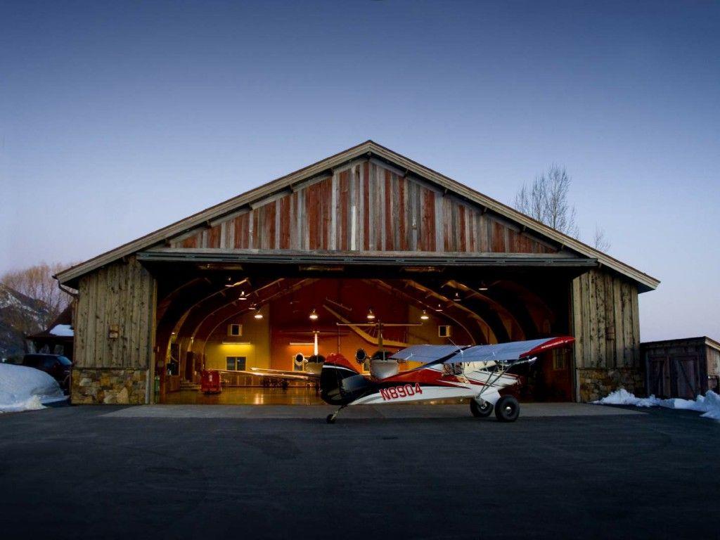 Hangar And Home By The Lake. I Like That The Hangar Looks Like A Barn  Thatu0027s How I Would Like To Do It. Very Nostalgic | Home Stuff | Pinterest |  Barn, ...