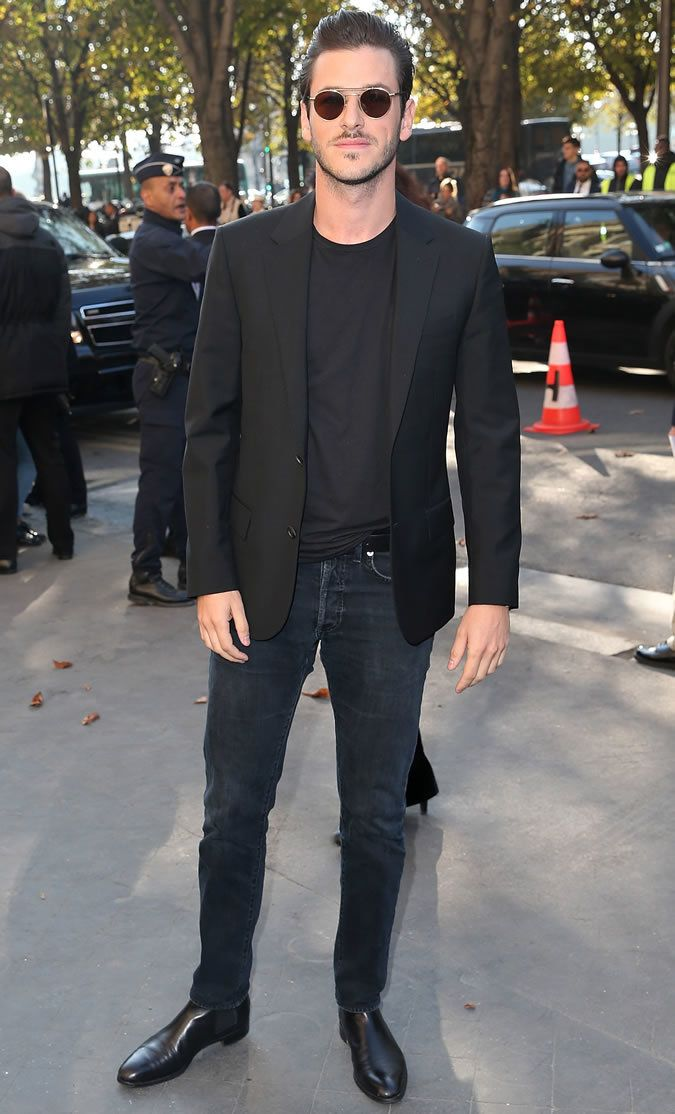 Harry Styles wearing Black Blazer, Grey Print Dress Shirt, Black ...