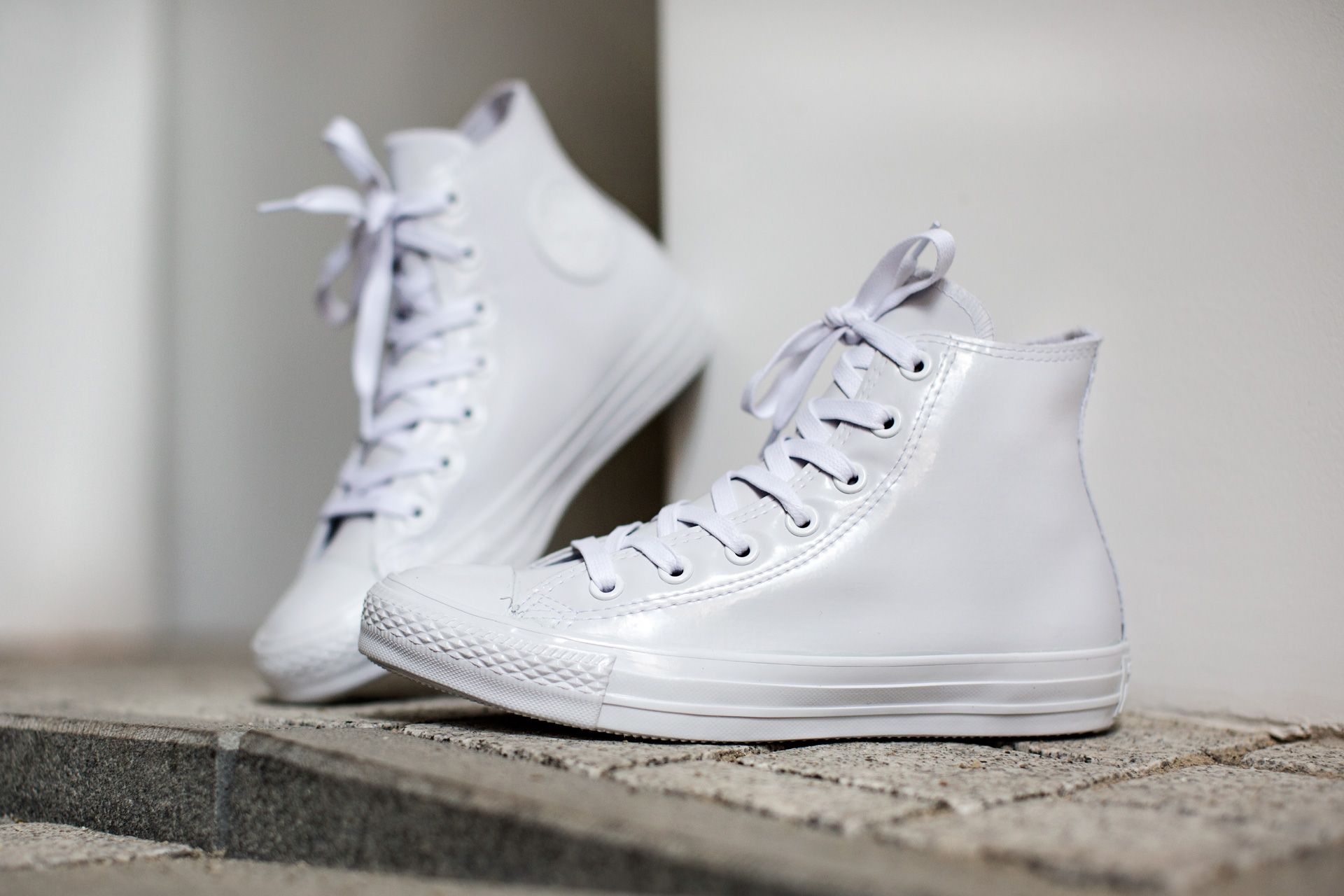 CONVERSE CHUCK TAYLOR ALL STAR RUBBER CHUCK HI WHITE