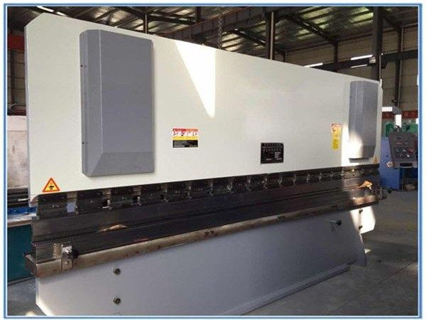Brand Hydraulic Press Brake 3200mm Cqc Iso Certificate In Egypt Press Brake Machine Hydraulic Press Brake Press Brake