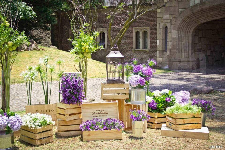 flowers crates lanterns 3julio15 ideas. Black Bedroom Furniture Sets. Home Design Ideas