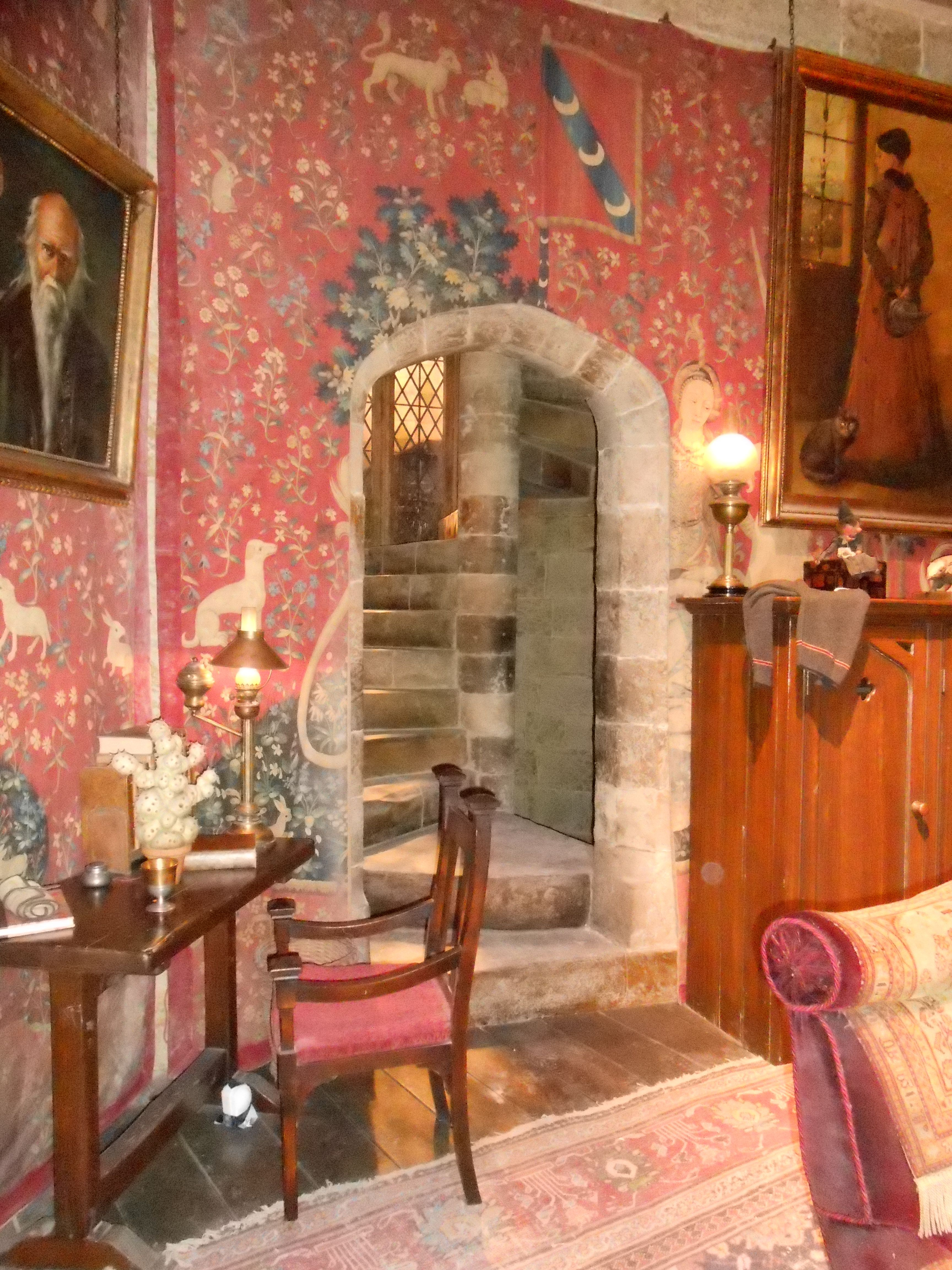 Gryffindor common room ~ steps to the boys dormitory ...