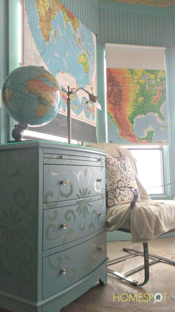 decorating with maps / Maps on roller shades for windows