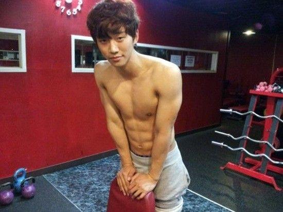 Shirtless Kpop Idols Photo 3 Abs Kpop Lee Junho