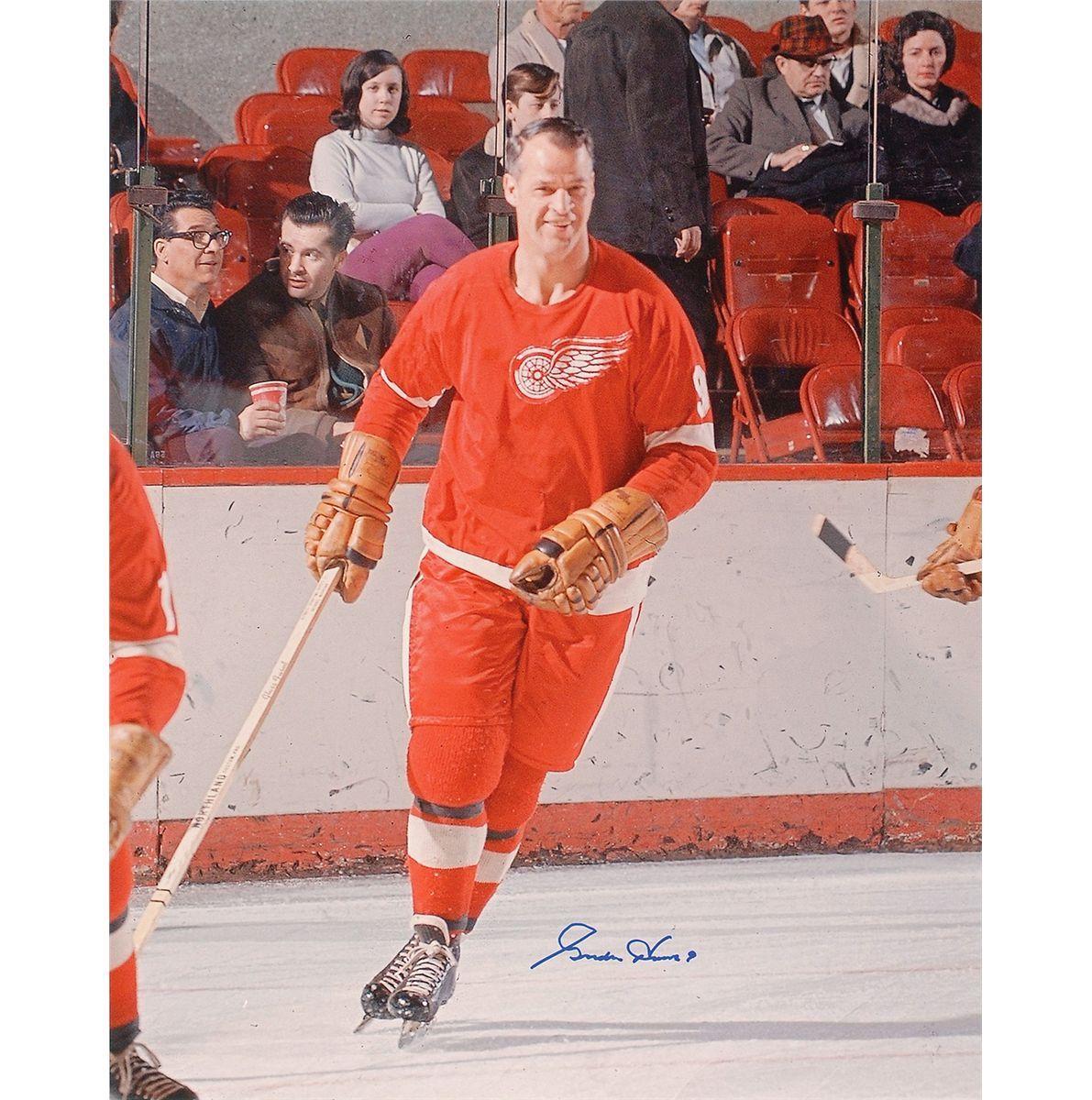 gordie smiling gordie howe mr hockey pinterest red wing hockey and detroit