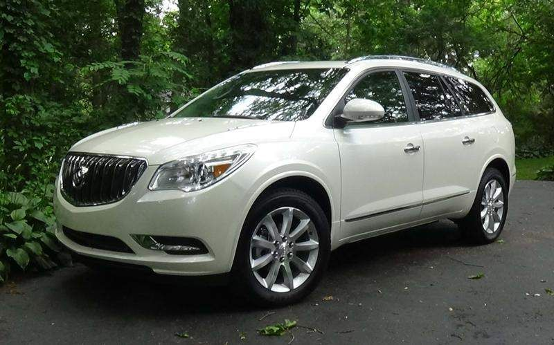 Can The 2015 Buick Enclave Still Turn Heads 2015 Buick Buick Enclave Luxury Car Photos