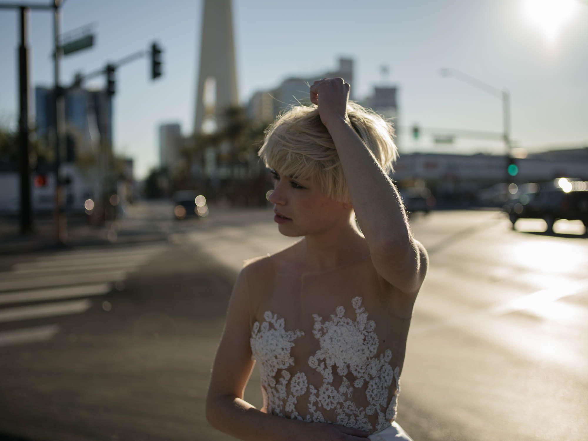 EMANUEL HENDRIK | Body: Hotness | Rock: Jacky | Brautkleid - Wedding ...