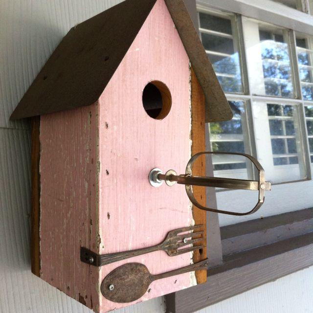Cute idea for  birdhouse also birdhouses bird feeders decorative rh pinterest
