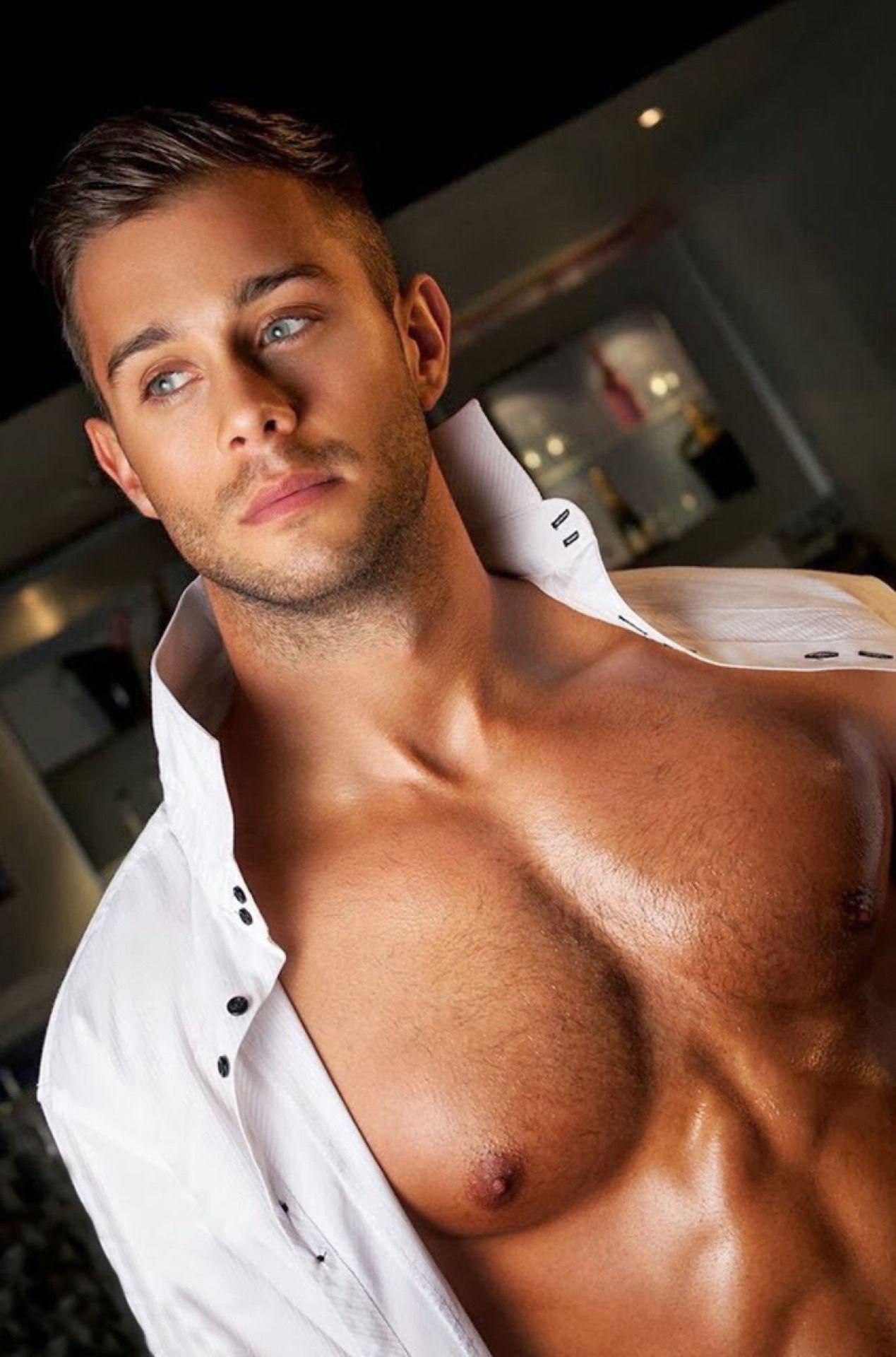 Straight Guy For Gay Eyes