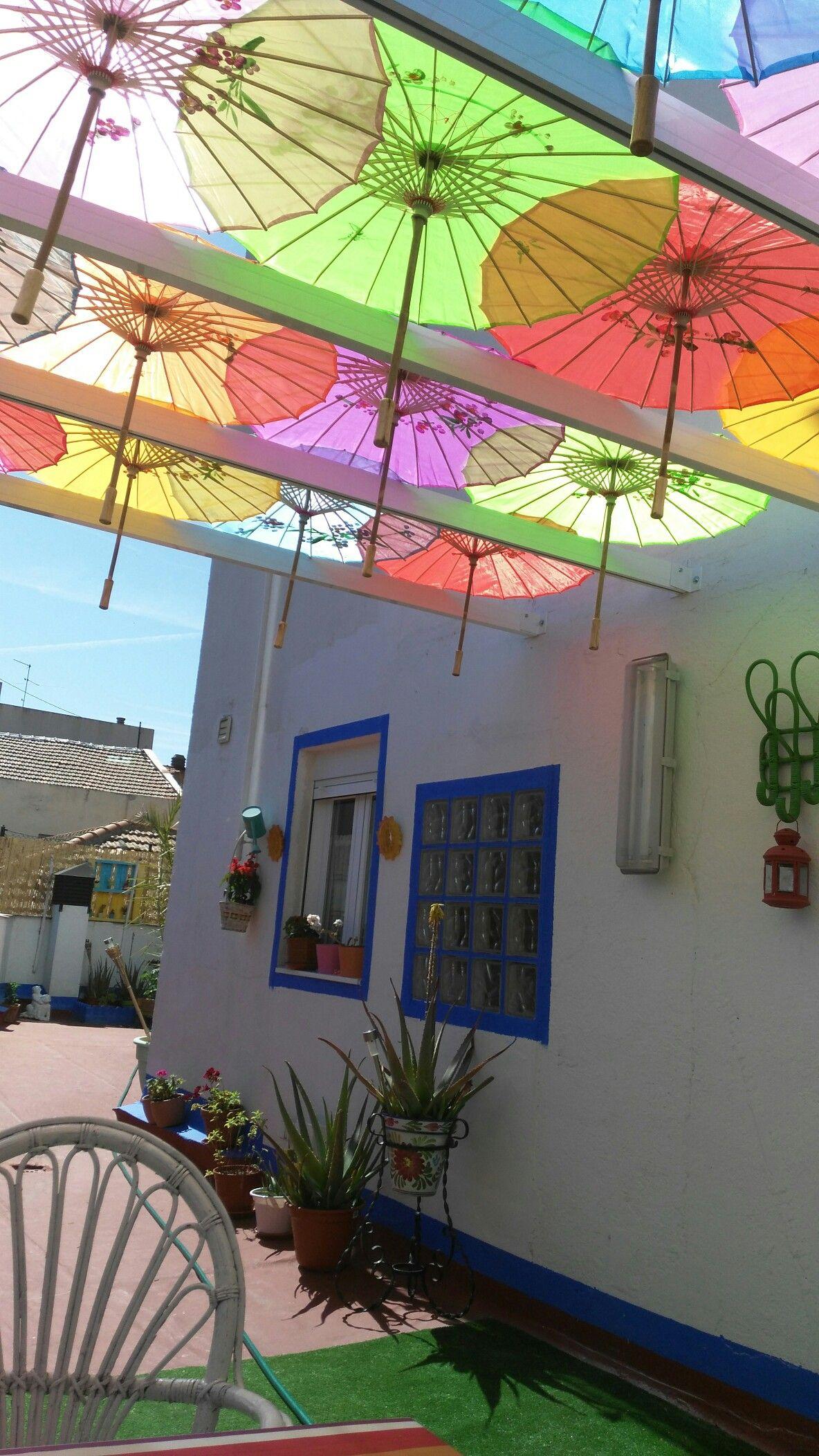 Sombrillas colores para terrazas terrazas pinterest colores para terrazas y sombras - Sombrillas para terrazas ...