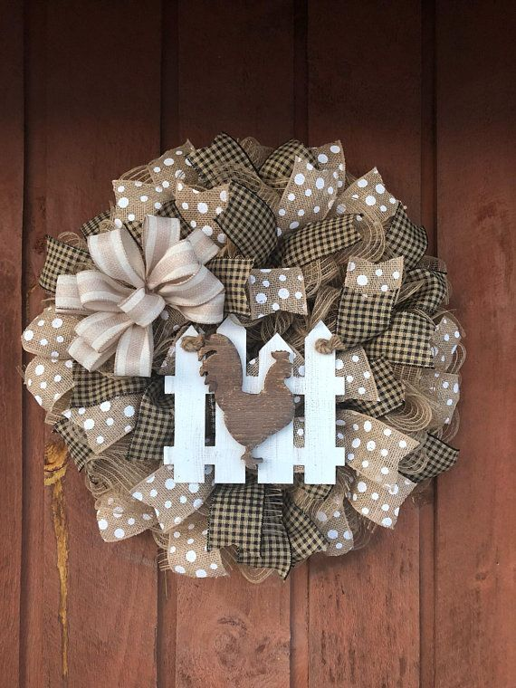 Photo of Items similar to Rustic Rooster, Pig or Cow Burlap Wreath on Etsy