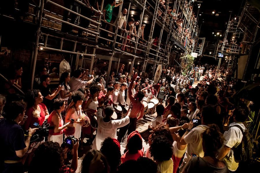 #TeatroOficina #ArtistasPelaDemocracia #NâoVaiTerGolpe  #TodosPelaDemocracia #Brasil | Foto: Mídia NINJA