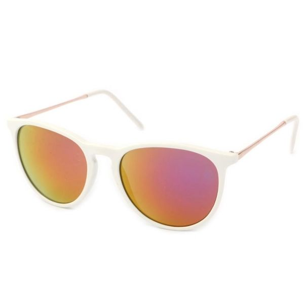 Lunettes Soleil Little L avec monture Blanche  mode  lunettessoleil  bonplan  avec  hatshowroom 387daceefe22