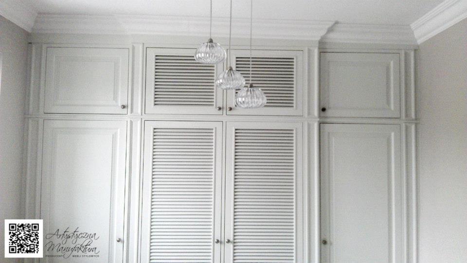 Szafa Wnekowa Hol Z Zaluzjowymi Azurowymi Drzwiami Tall Cabinet Storage Home Decor Storage Cabinet