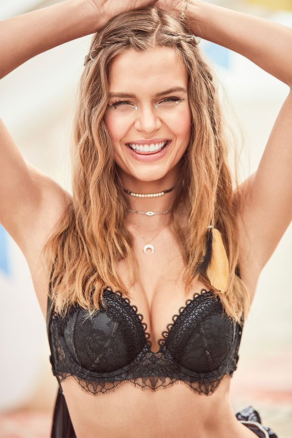 dd3ec16836bf0 When a push-up bra takes center stage. | Victoria's Secret ...