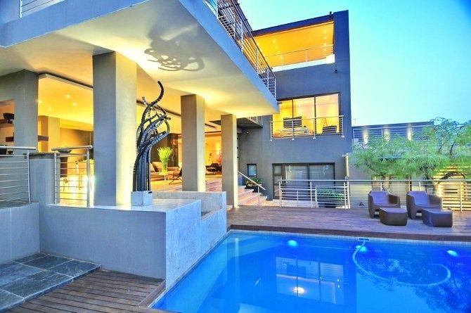 diseo de chalet moderno con piscina