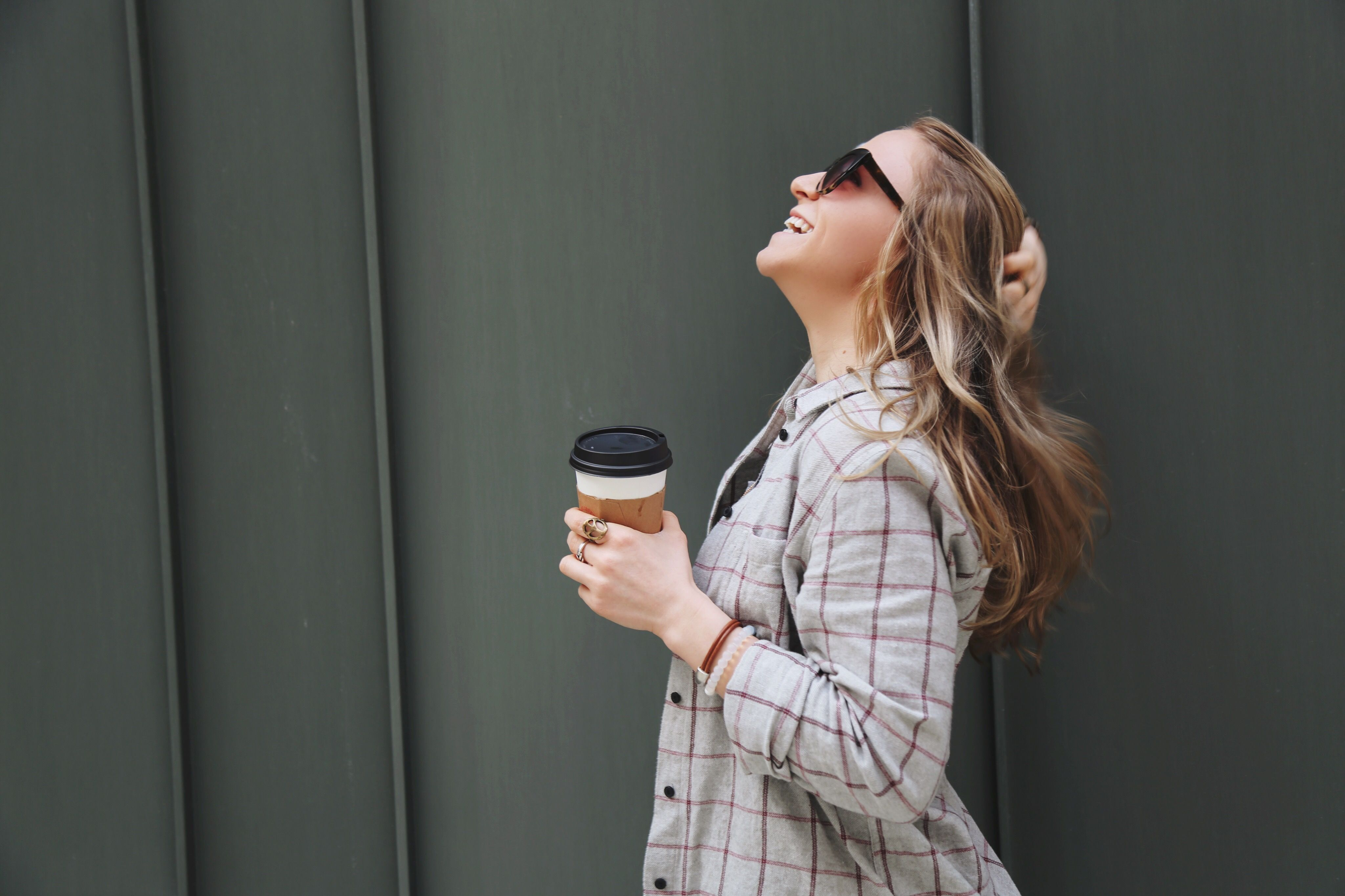 Completely obsessed with DITTO sunglasses and Madewell Flannels - Check out my articles on these Flannels at thenumberfour.com