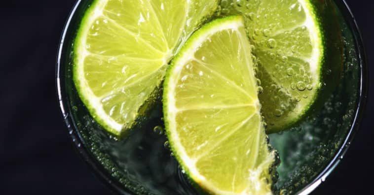 Evite Este Erro Comum Ao Beber Agua Com Limao Beneficios Da Agua